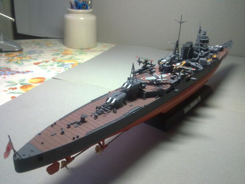Croiseur lourd Mogami au 1/350 ème TAMIYA 498973190120111105