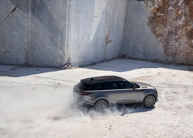 Première mondiale : Le nouveau Range Rover Velar dévoilé au Design Museum de Londres 499105rrvelar18my372glhdp