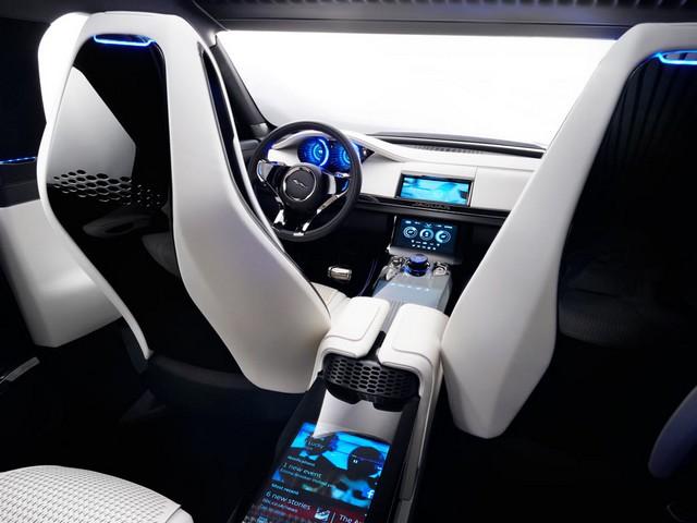 Jaguar C-X17 Concept Sport Crossover dévoilé au Dubaï Motor Show  502804jaguarcx17conceptdubaimotorshow24