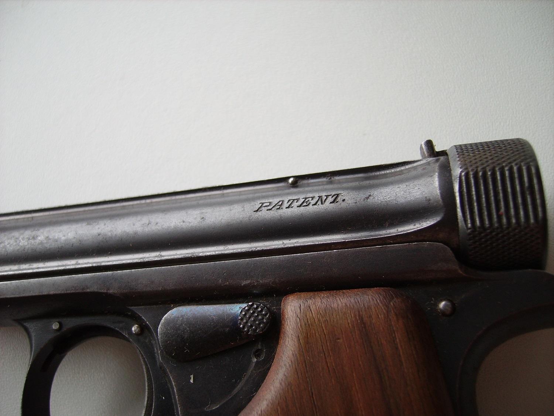 datation pistolet Sauer 1913 ?  504910IMGP6636