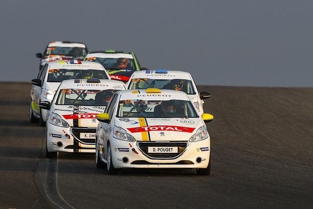 Drapeau A Daliers Sur Une Saison Record Des Rencontres Peugeot Sport ! 5053603714300530467531329eez