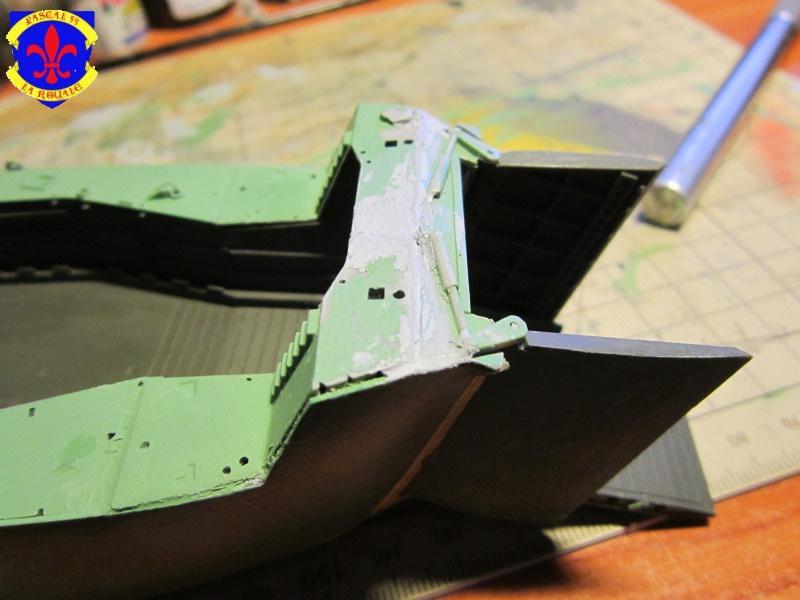 U.S. Navy Landing Ship Médium (Early) au 1/144 de Revell par Pascal 94 - Page 3 508533IMG41731