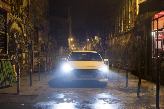Hyundai IONIQ électrise la toile avec « l'After Electro Electric » 510457makingoff06