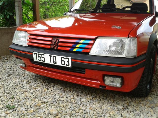 [AutoRétro-63]  205 GTI 1L9 - 1900cc rouge vallelunga - 1990 - Page 4 51288520130520121142