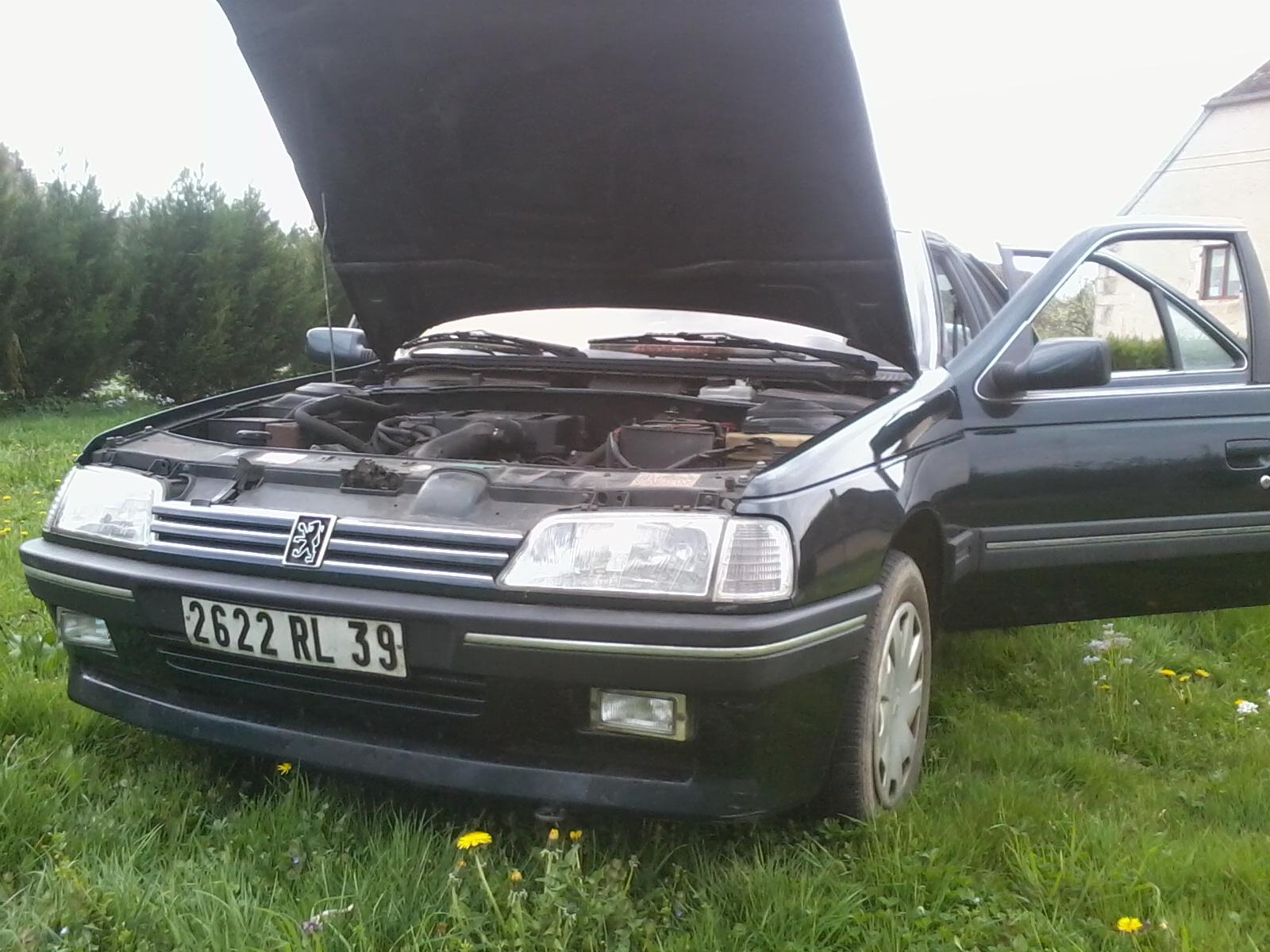 Présentation de ma nouvelle voiture, une Peugeot 405 Signature. 514095Photo0687