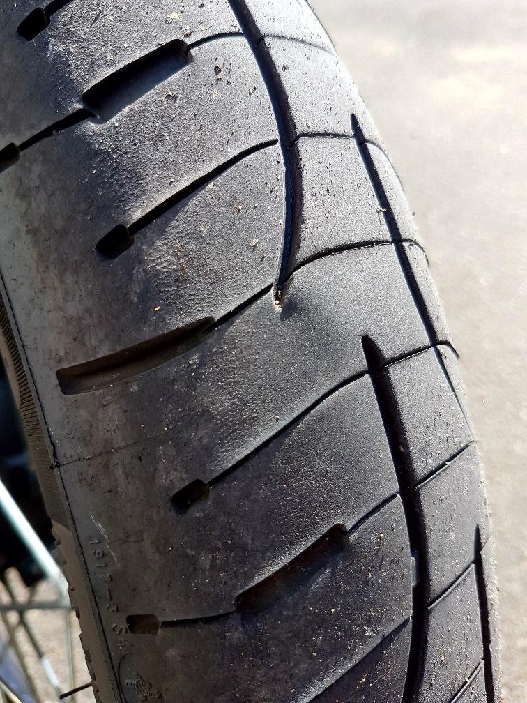 déformation pneu AV 517048pneuav