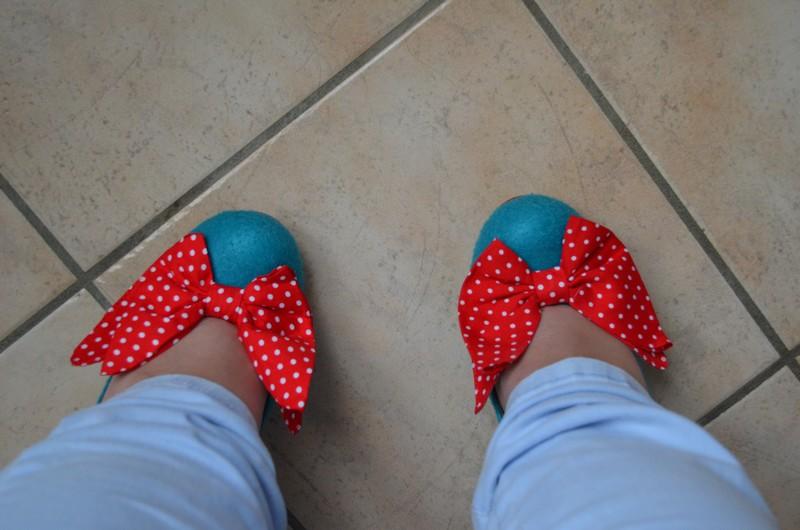 Parce que les filles, ça aime les poupées et les chaussures - Page 48 520163DSC0180b