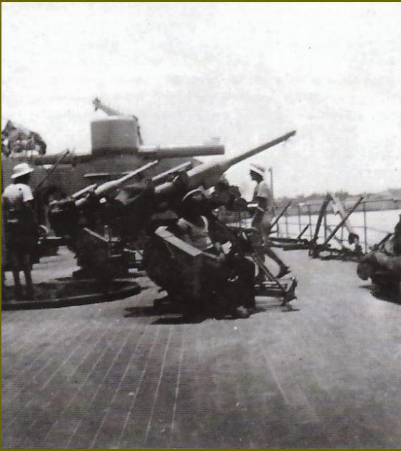Cuirassé Richelieu 1/100 Vrsion 1943 sur plans Polonais et Sarnet + Dumas - Page 6 521975pont2
