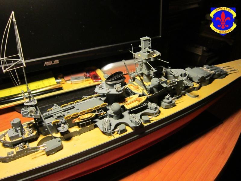 Croiseur de bataille Scharnhorst  au 1/350 de dragon - Page 7 528517IMG1397L