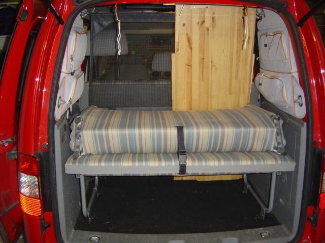 [caddy tramper] 4 couchages à l'intérieur 531613DSC00439