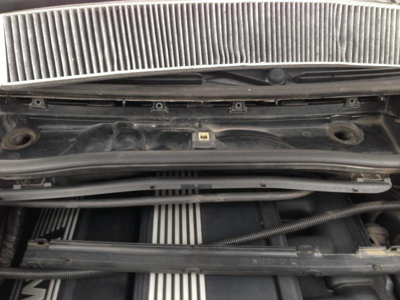 [Moteur M52TU/M54] Changement soupape de ventilation d'huile 531871IMG5154