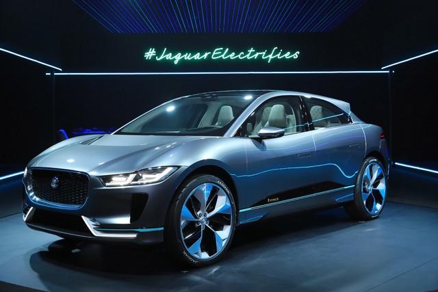 Jaguar Dévoile Le Concept I-PACE : Le SUV Électrique Performant 532369jagipacevrevent141116001