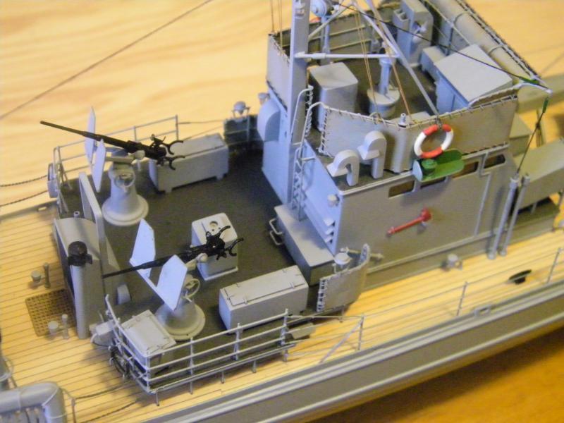 Chasseur de sous-marin CH 123 au 1/100e sur plan 5330231001751