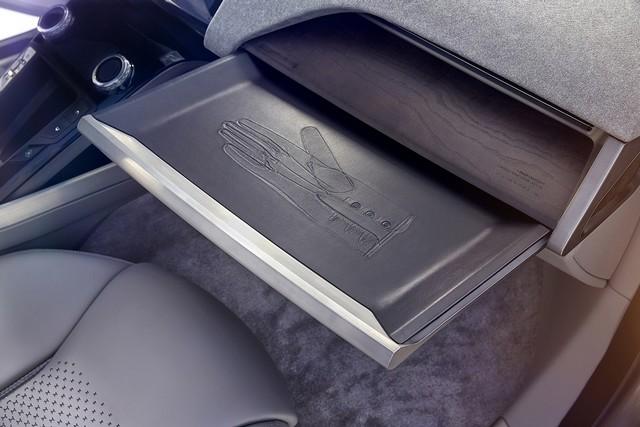 Jaguar Dévoile Le Concept I-PACE : Le SUV Électrique Performant 536658jaguarinterieuripacedetail