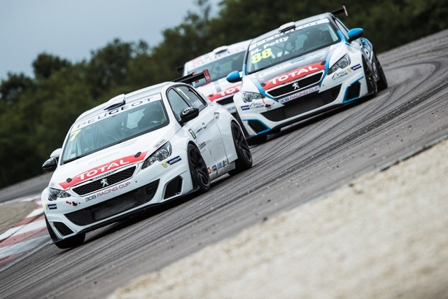 RDV International Pour La Peugeot 308 Racing Cup, Aux 24h De Spa En Belgique 53924659593140248a4