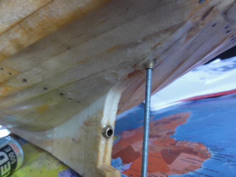 besoin d'aide pour finir le Marie Ange de chez New Maquette - Page 2 539756DSC09593