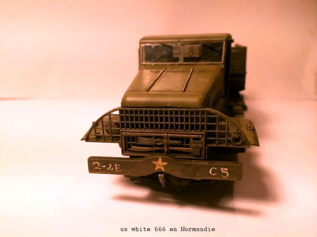 us white 666 cargo truck au 1/35 en Normandie hobby boss - Page 2 541640white2002