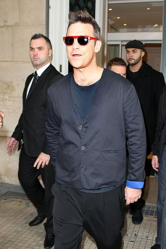 TT à Paris le 24 novembre (à leur hôtel et à RFM) 541663lliamspopsoutParisRjUT61unNHjlvijpg