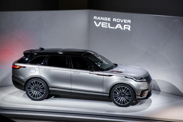 Première mondiale : Le nouveau Range Rover Velar dévoilé au Design Museum de Londres 547176rangerovervelarreveal009