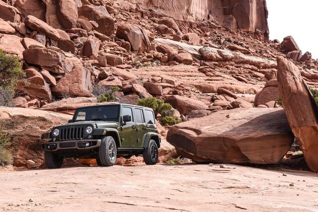 Nouvelle gamme Jeep Wrangler et Wrangler Unlimited 550126Jeep75th1077