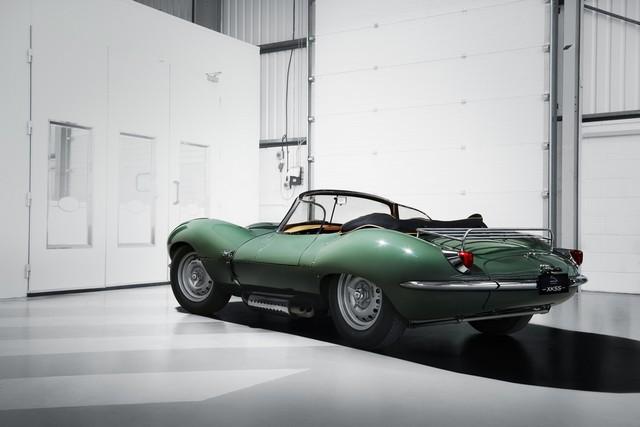 La « Nouvelle Jaguar XKSS D'origine » Dévoilée À Los Angeles  553463jagxkssrear34image16111604