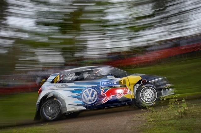 Rallye de Finlande : Latvala et Mikkelsen aux avant-postes, pépin pour Ogier  553902hd032016wrc08dr11070