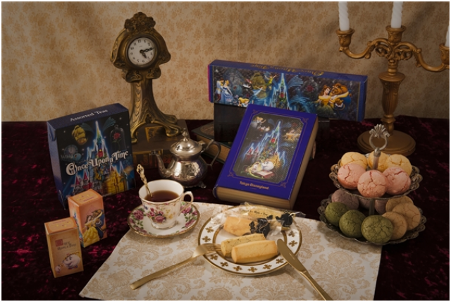 [Tokyo Disneyland] Nouveau spectacle nocturne : Once Upon a Time (29 mai 2014)  - Page 3 554886ouat16
