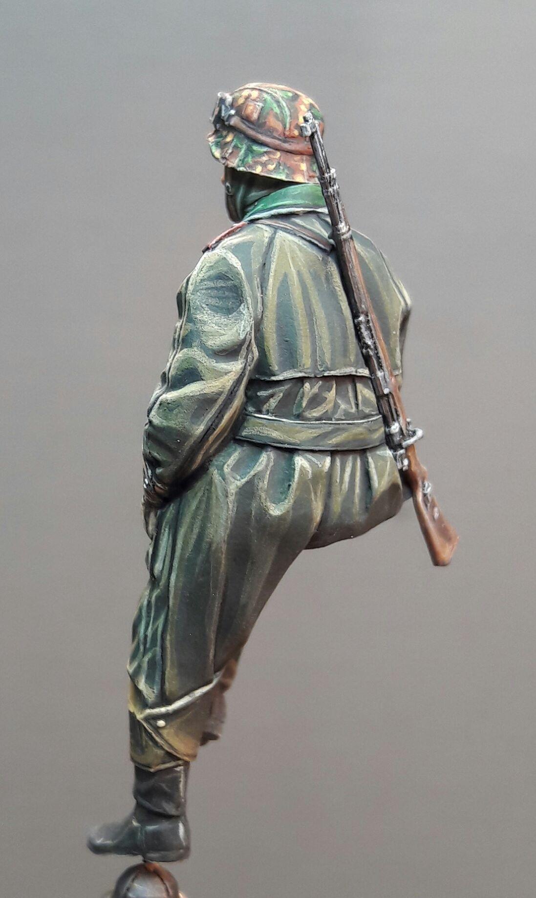 Zündapp KS750 - Sidecar - Great Wall Hobby + figurines Alpine - 1/35 55540319688415102116827704793241340285099o