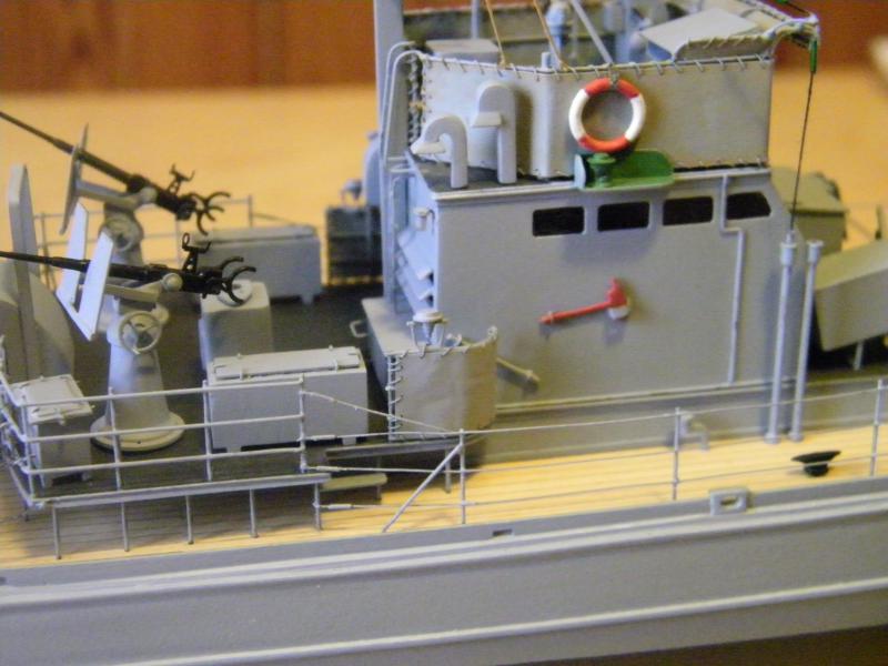 Chasseur de sous-marin CH 123 au 1/100e sur plan 5555121001750