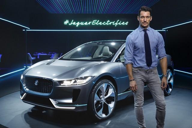 Jaguar Dévoile Le Concept I-PACE : Le SUV Électrique Performant 561557jagipacedavidgandy141116008