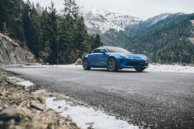 Alpine est de retour - A110, la voiture de sport française agile et compacte 5674298831216