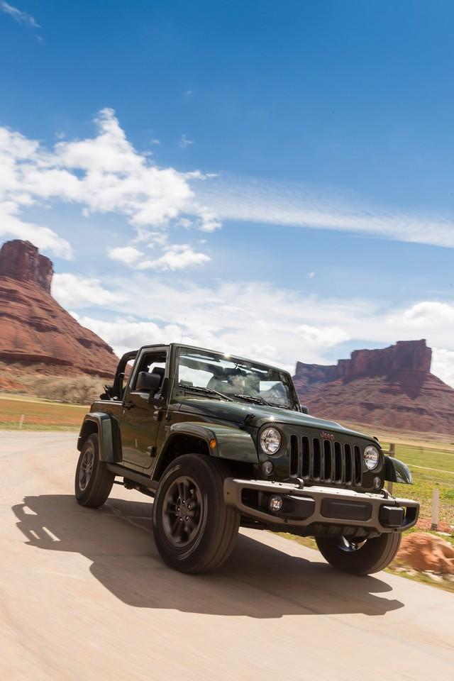 Nouvelle gamme Jeep Wrangler et Wrangler Unlimited 568581Jeep75thf5094