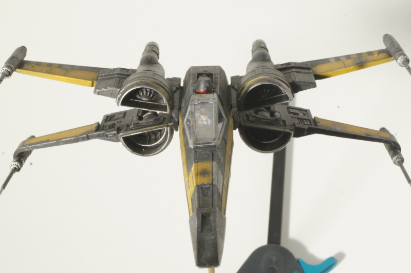 "X-Wing ""Resistance"" T-70 Bandaï 1/72 570154DSC01541"