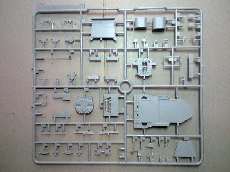 DKM Scharnhorst de  Dragon 1/350° - Page 2 570565200120111135