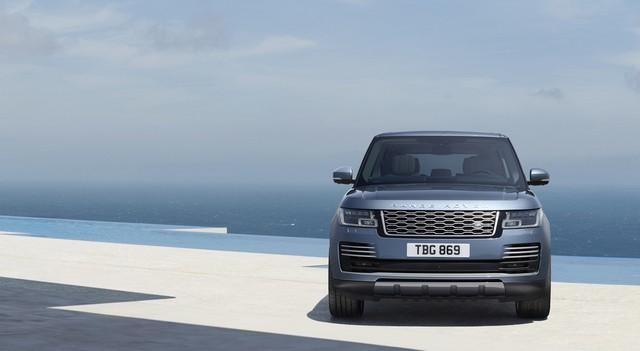 Le Nouveau Range Rover intègre dans sa gamme une motorisation essence hybride rechargeable 570964rr18myonroad10101702
