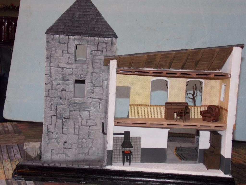 King Tiger à l'entretien Chateau de Chanteloup Aout 44       Projet terminé  - Page 3 571672DSCN5618