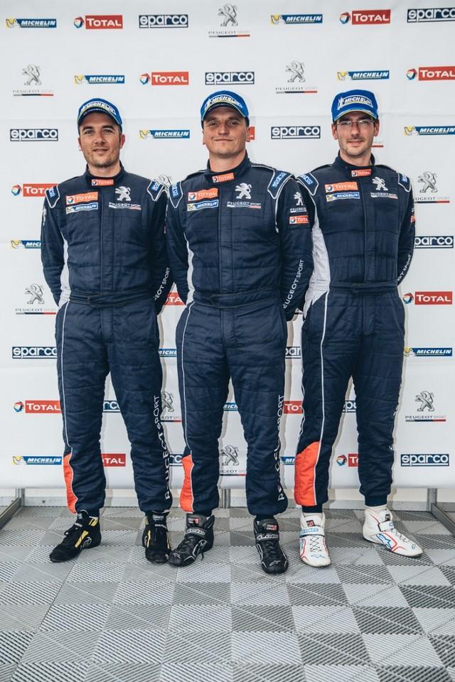 La Peugeot 308 Racing Cup Se Joue Des Conditions ! 5723175957d7a4ede15