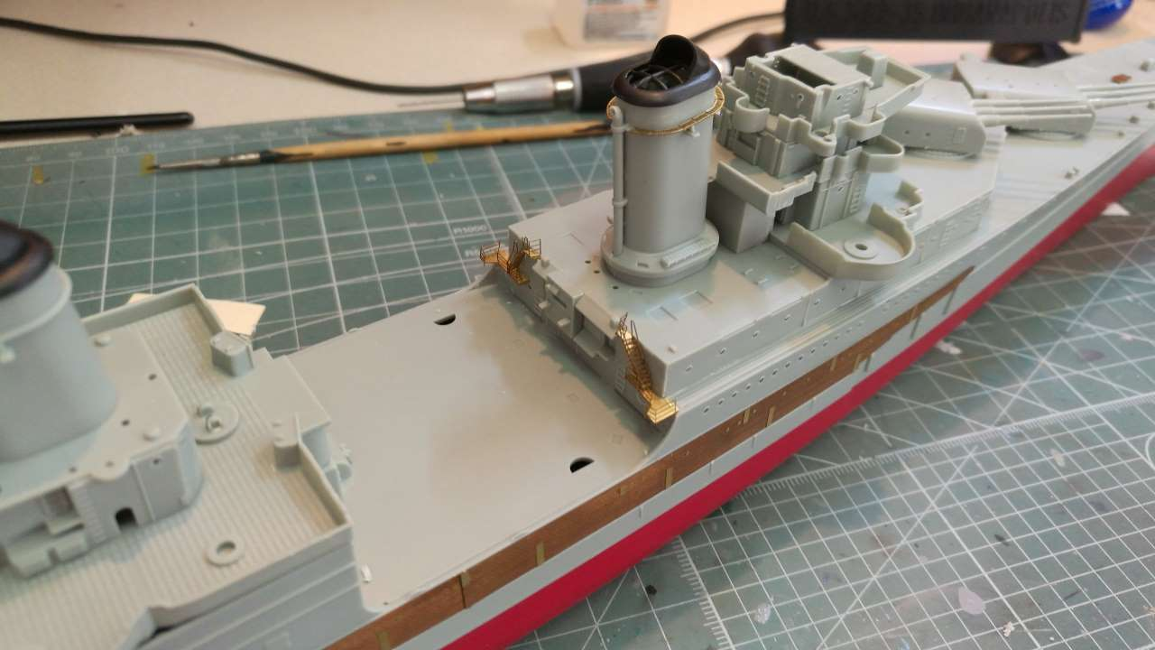 USS Indianapolis 1/350 Academy - 1945 - Page 2 573740Indianapolis33