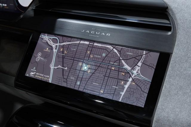 Jaguar Dévoile Le Concept I-PACE : Le SUV Électrique Performant 573864jagipacevrevent141116025