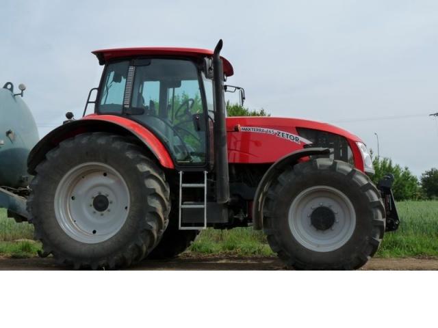 Photos de tracteurs Zetor  - Page 2 580385290522