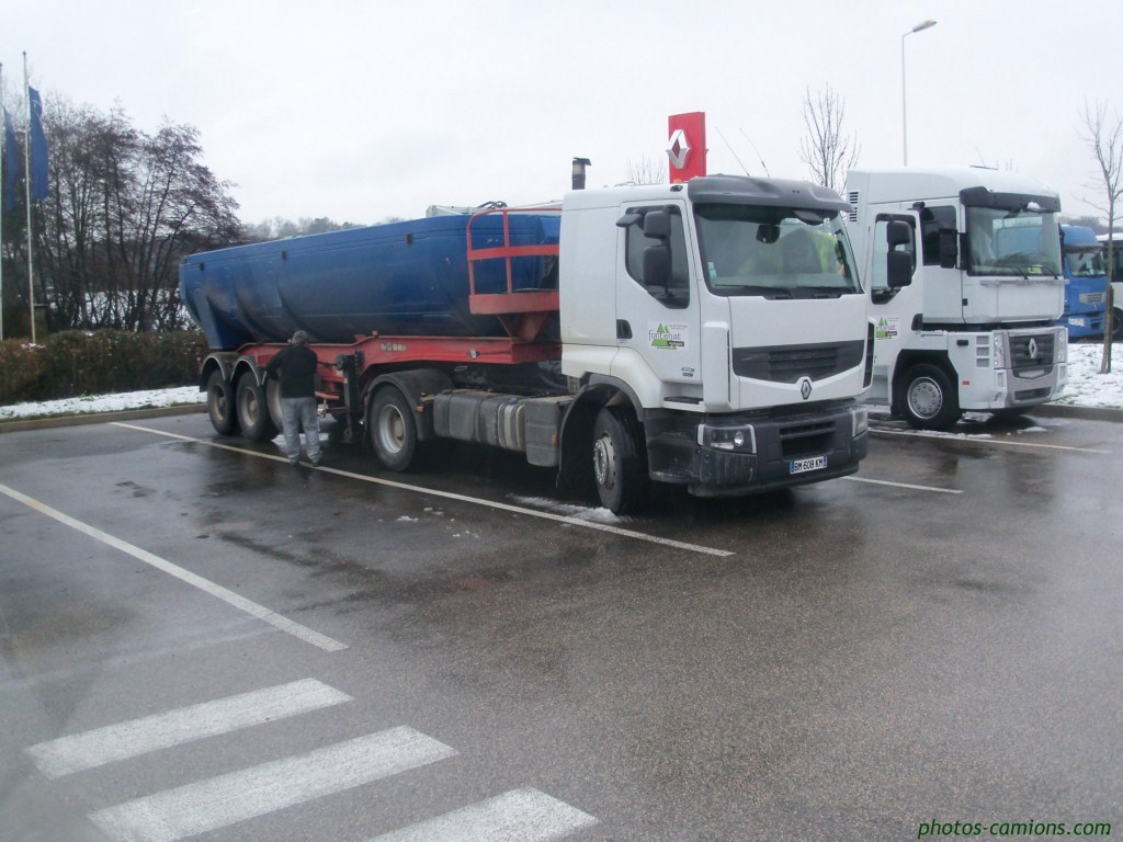 Fontenat (Bourg en Bresse, 01) 580769Photoscamions30Dcmbre20112Copier