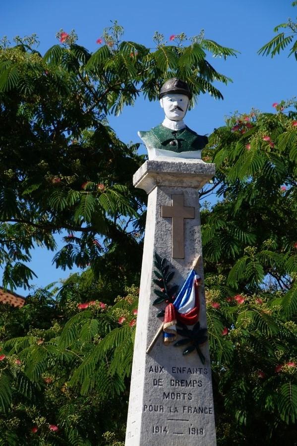 [Histoires et Histoire] Monuments aux morts originaux Français Tome 1 - Page 38 583315DSC05247
