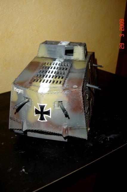 A7V [TAURO MODEL 1/35e] Le premier Panzer - Page 2 585509mars_2008_A7V_008m