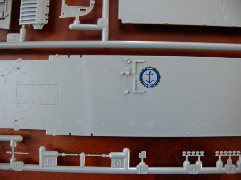 JMSDF LST Osumi 1/700 (Tamyia) 587201P1080421