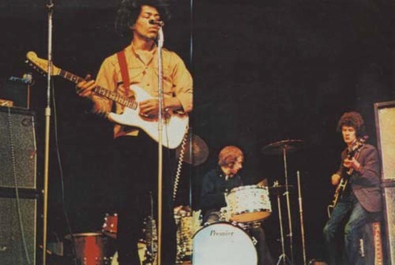 Londres (Saville Theatre) : 29 janvier 1967 58827019670129Saville