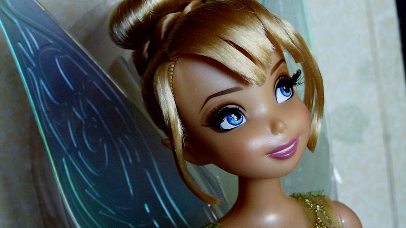 Disney Fairies Designer Collection (depuis 2014) - Page 3 588476clochette3