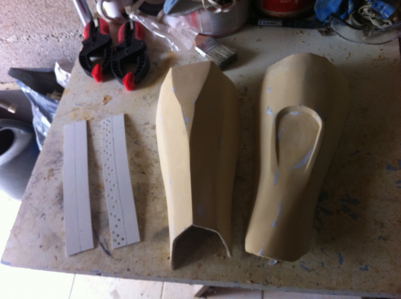ARMURE CLONE PAPERCRAFT 1:1 - Page 4 589874IMG3515