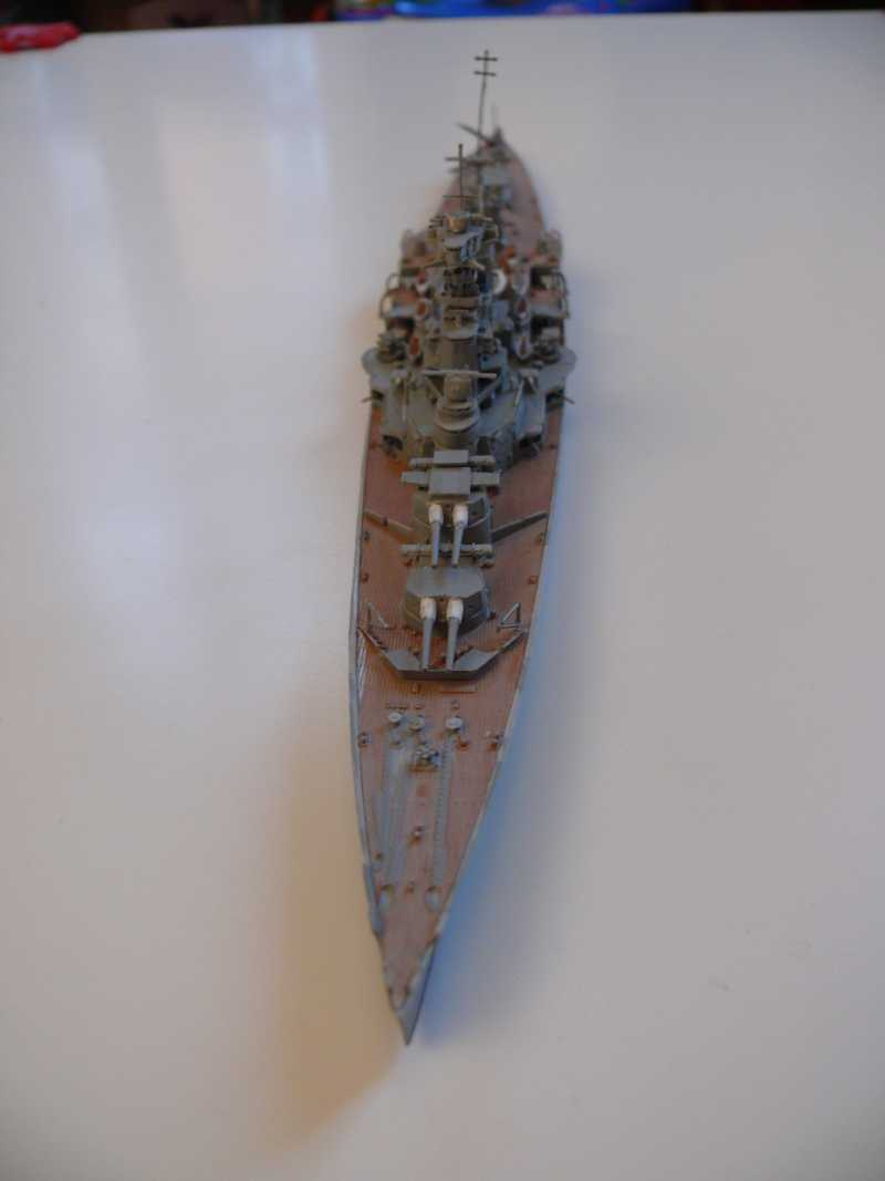 HMS Hood 1/700 Trumpeter 592488P1080022