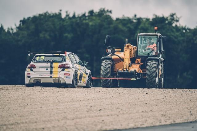 La Peugeot 308 Racing Cup Se Joue Des Conditions ! 5971535957d3c0deb2d