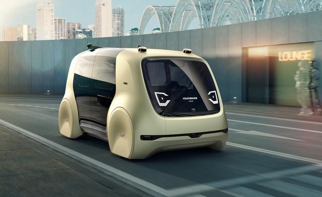 Mobilité individuelle redéfinie : conduite autonome à l'aide d'un bouton  597237hddb2017al00177large